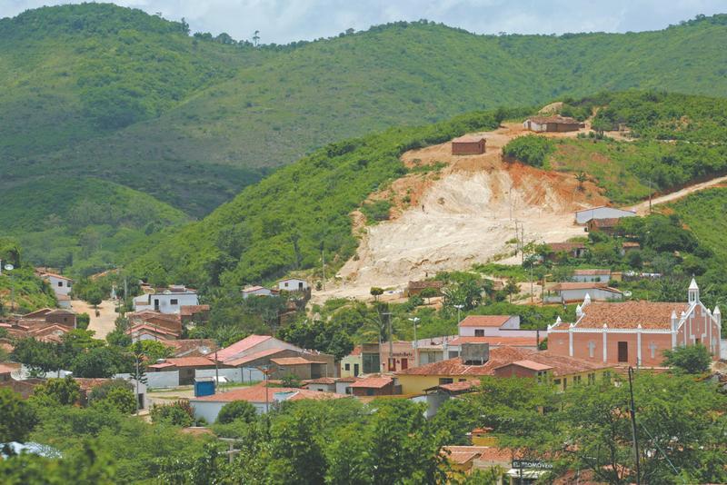 Itatira Ceará fonte: diariodonordeste.verdesmares.com.br