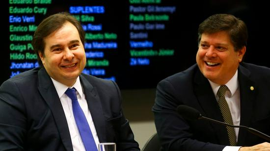 MDB e Maia ensaiam alianças para 2020 - Política - Diário do Nordeste