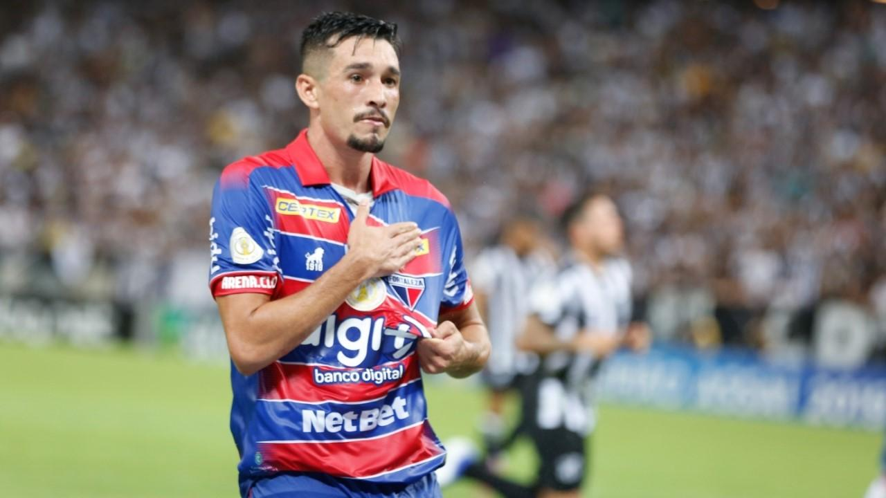 Juninho Dispara Contra Arbitragem De Corinthians X Fortaleza Inadmissivel Jogada Diario Do Nordeste