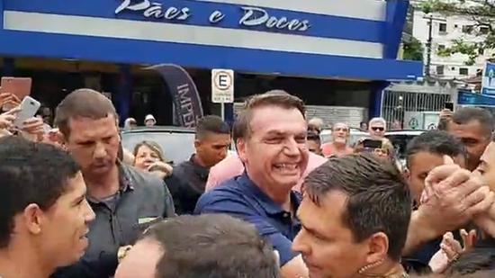 Bolsonaro passa Carnaval em base militar em SP; primeira-dama fica ...