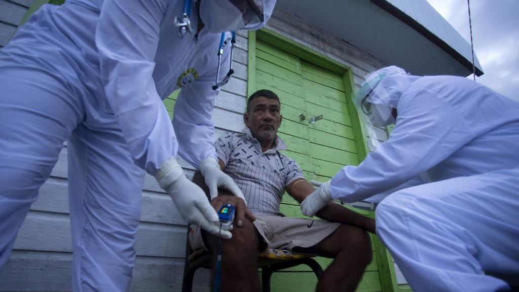 Fotografia de agentes de saúde no Pará
