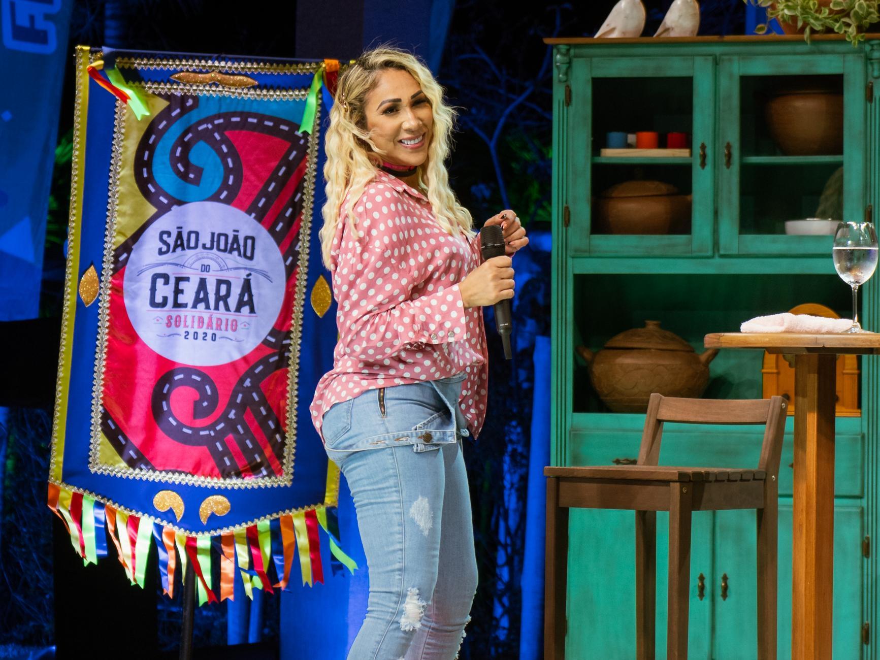 Taty Girl São João do Ceará Solidário Dendi Casa