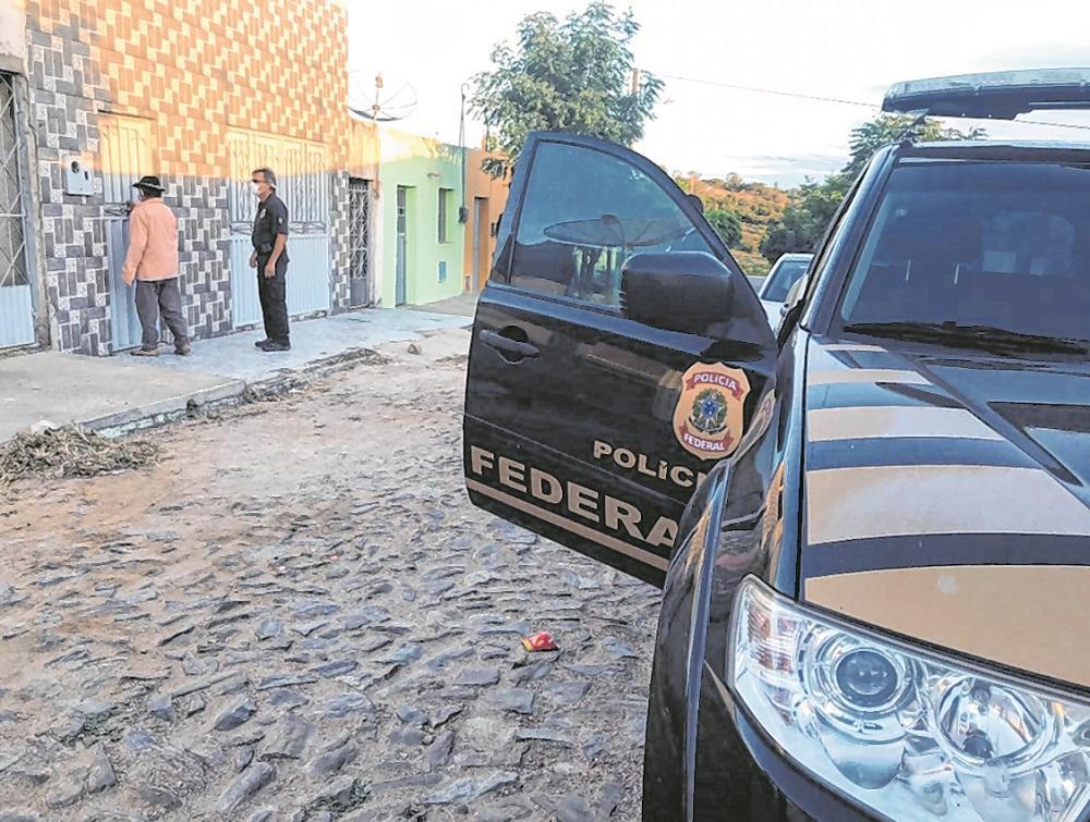 Polícia Federal deflagrou operações Res Publica e Fantasmas para combater fraudes a licitações, em duas prefeituras, e a benefícios previdenciários de idosos