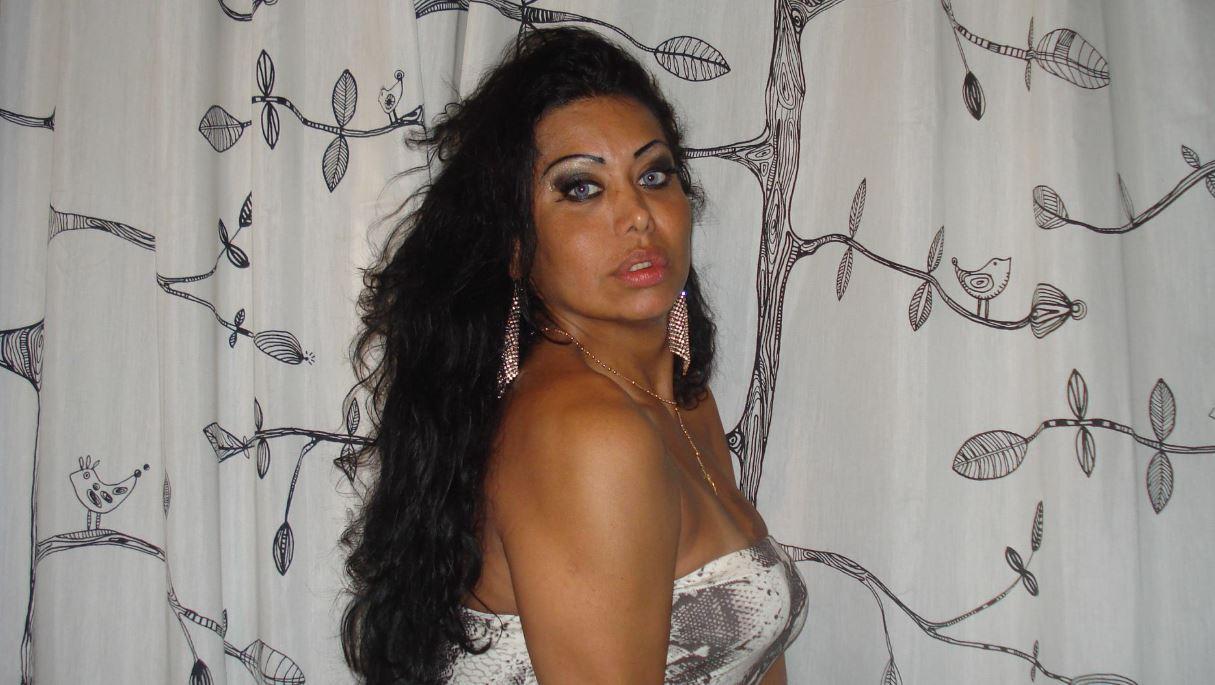 Manuela de Cássia foi encontrada após os vizinhos sentirem um forte cheiro de gás vazando no apartamento onde aconteceu o crime