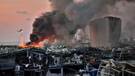 Explosão causa destruição em Beirute, no Líbano