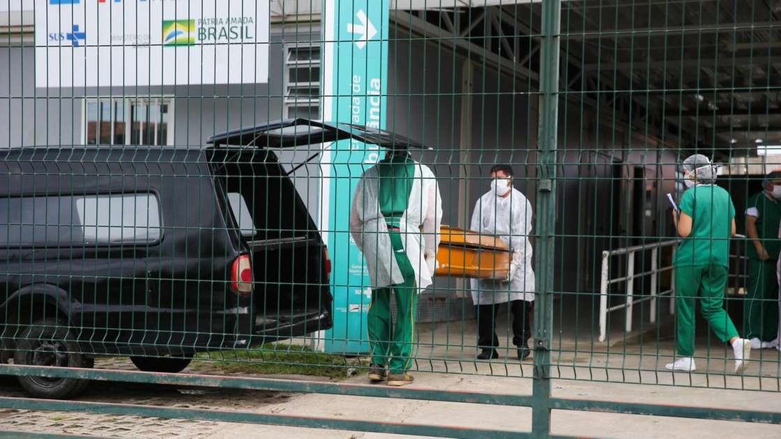 Ceará registra 9 mortes de médicos e mais de 14 mil profissionais da saúde infectados com a Covid-19 – Diário do Nordeste