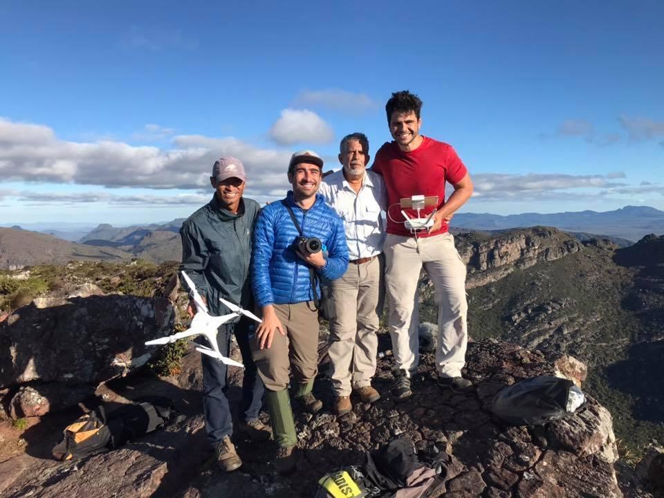 O repórter José Raimundo e a equipe do 'Globo Repórter' no Pico do Barbado, o ponto mais alto do Nordeste