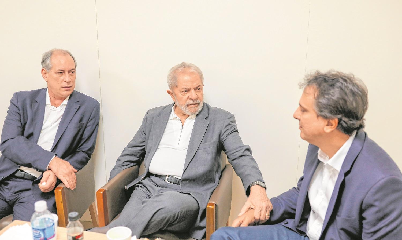 Trégua entre Lula e Ciro agita cenários da sucessão em Fortaleza - Política  - Diário do Nordeste