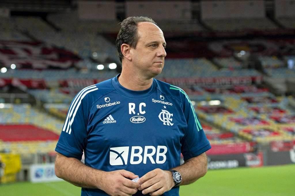 Técnico evoca DNA rubro-negro ao falar de arrancada pautada na ofensividade: Muito mais a cara do Flamengo
