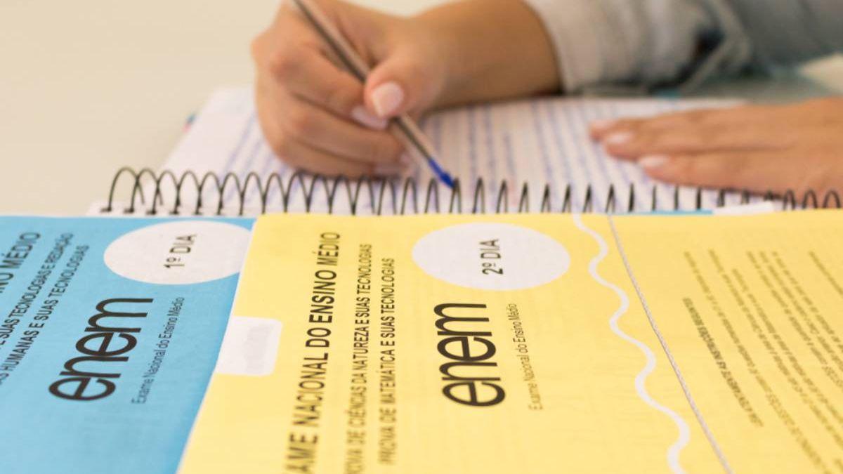 Redação do Enem 2020: professores avaliam que candidatos tinham repertório para escrever redação - EducaLab - Diário do Nordeste