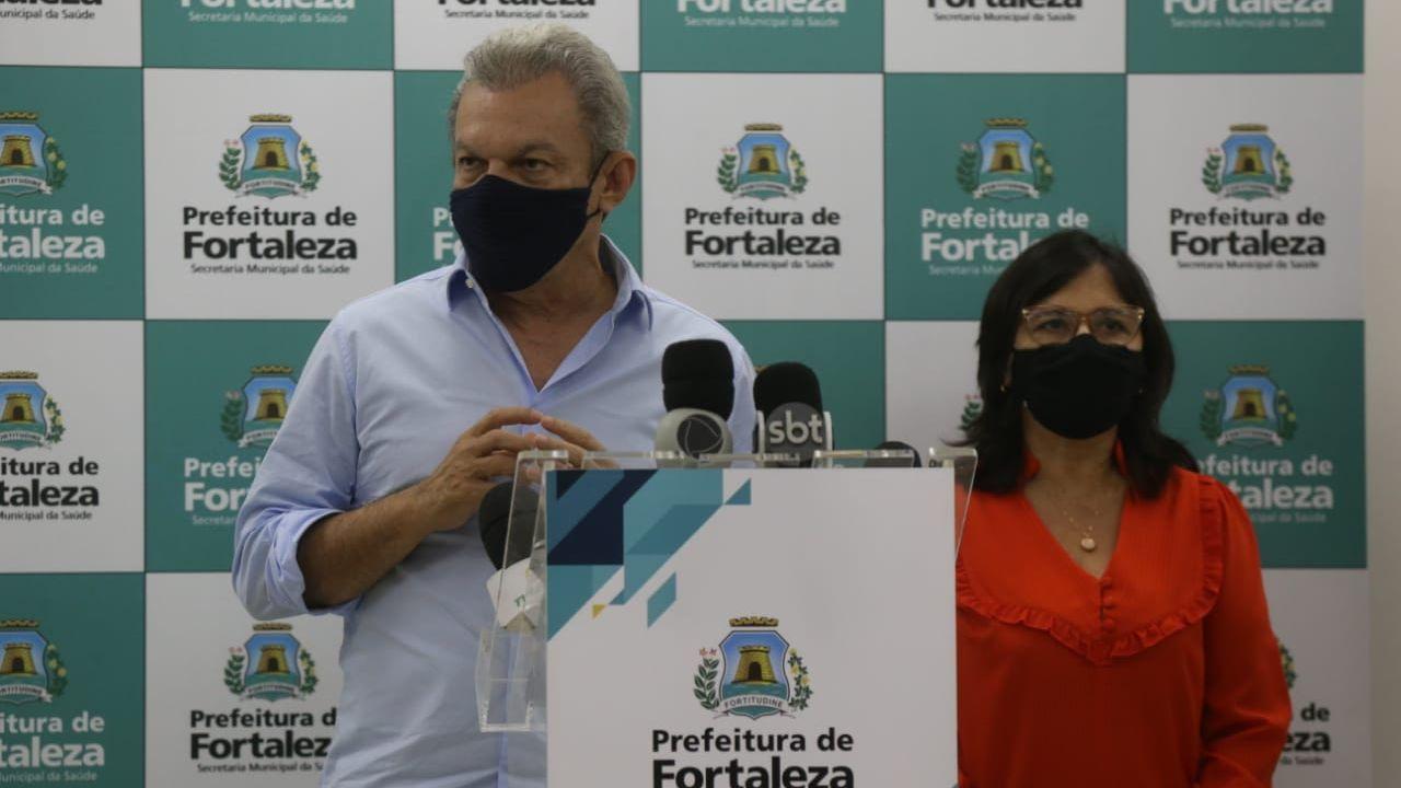 José Sarto e Ana Estela em coletiva