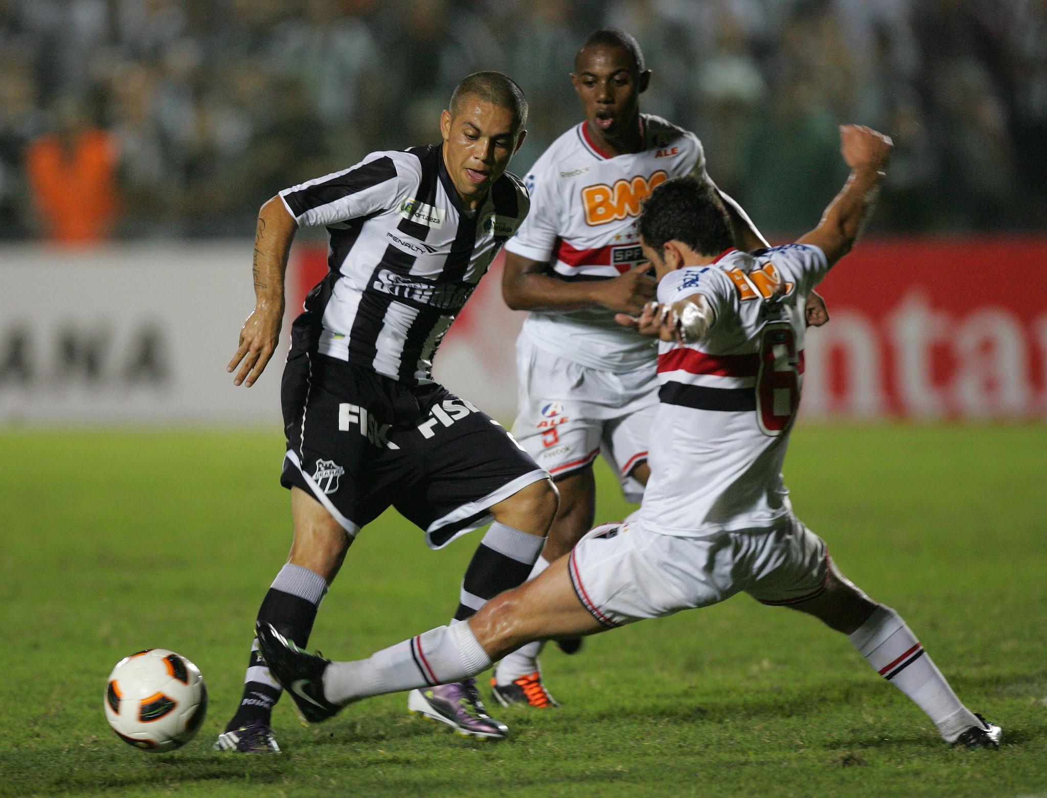 Ceará jogou a Copa Sul-Americana pela última vez em 2011, quando enfrentou o São Paulo