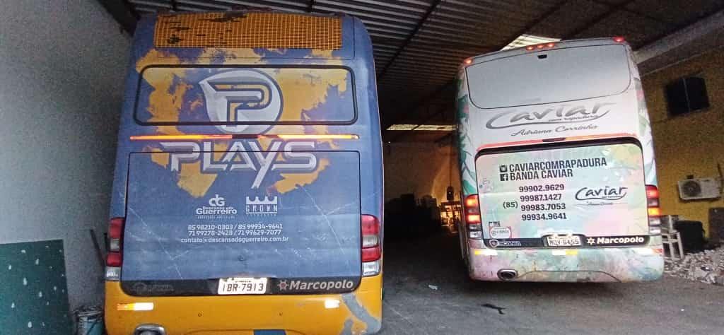 Os ônibus são um Marcopolo - Paradiso GV 1150 e um Marcopolo Paradiso G6 1550 LD.