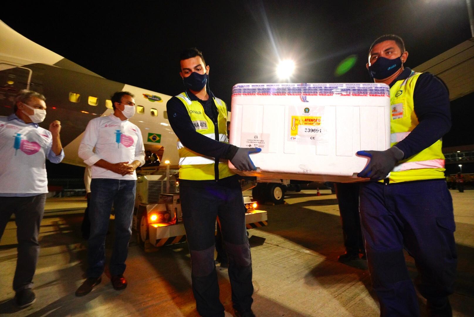 Primeiras doses de vacina chegaram ao Ceará em janeiro deste ano