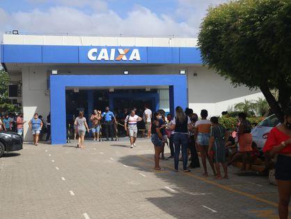 Fila em agência da Caixa Econômica Federal em Fortaleza