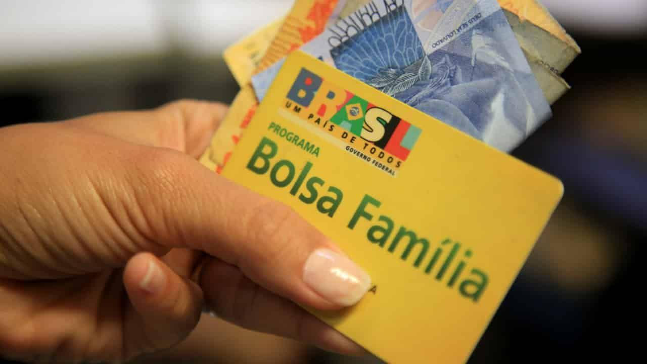 Bolsa Família Auxílio Emergencial