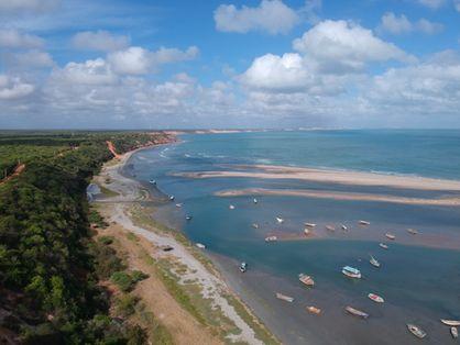 Monitoramento já identificou que 30% do litoral cearense está em estado de erosão.