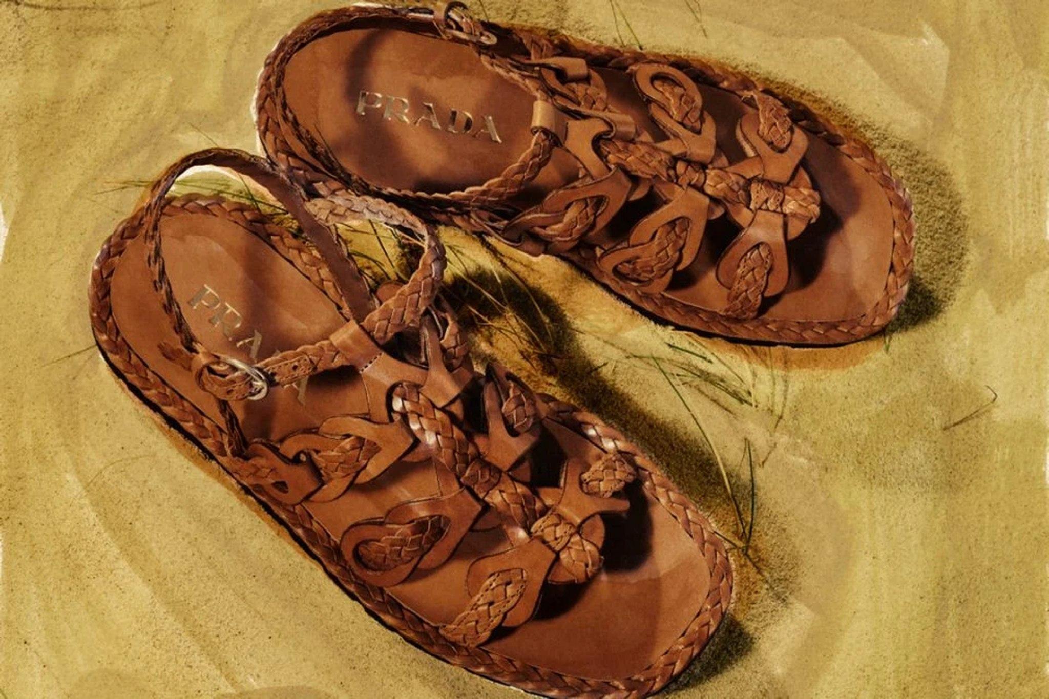 sandália de couro da Prada