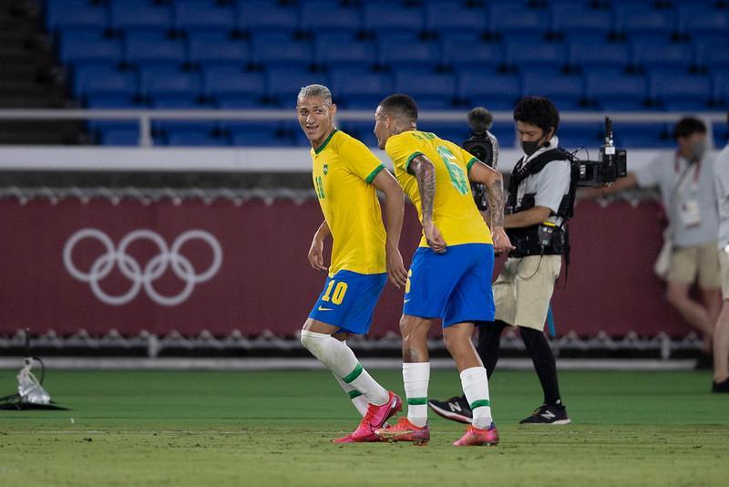 Richarlison comemora gol marcado pela Seleção Brasileira