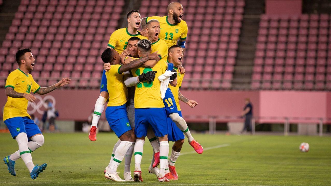 Atletas do Brasil comemoram classificação