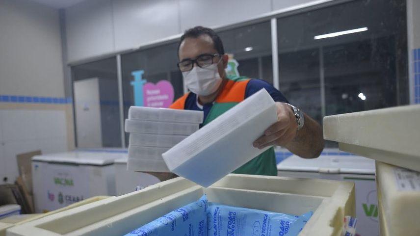Chegada de vacina no Ceará