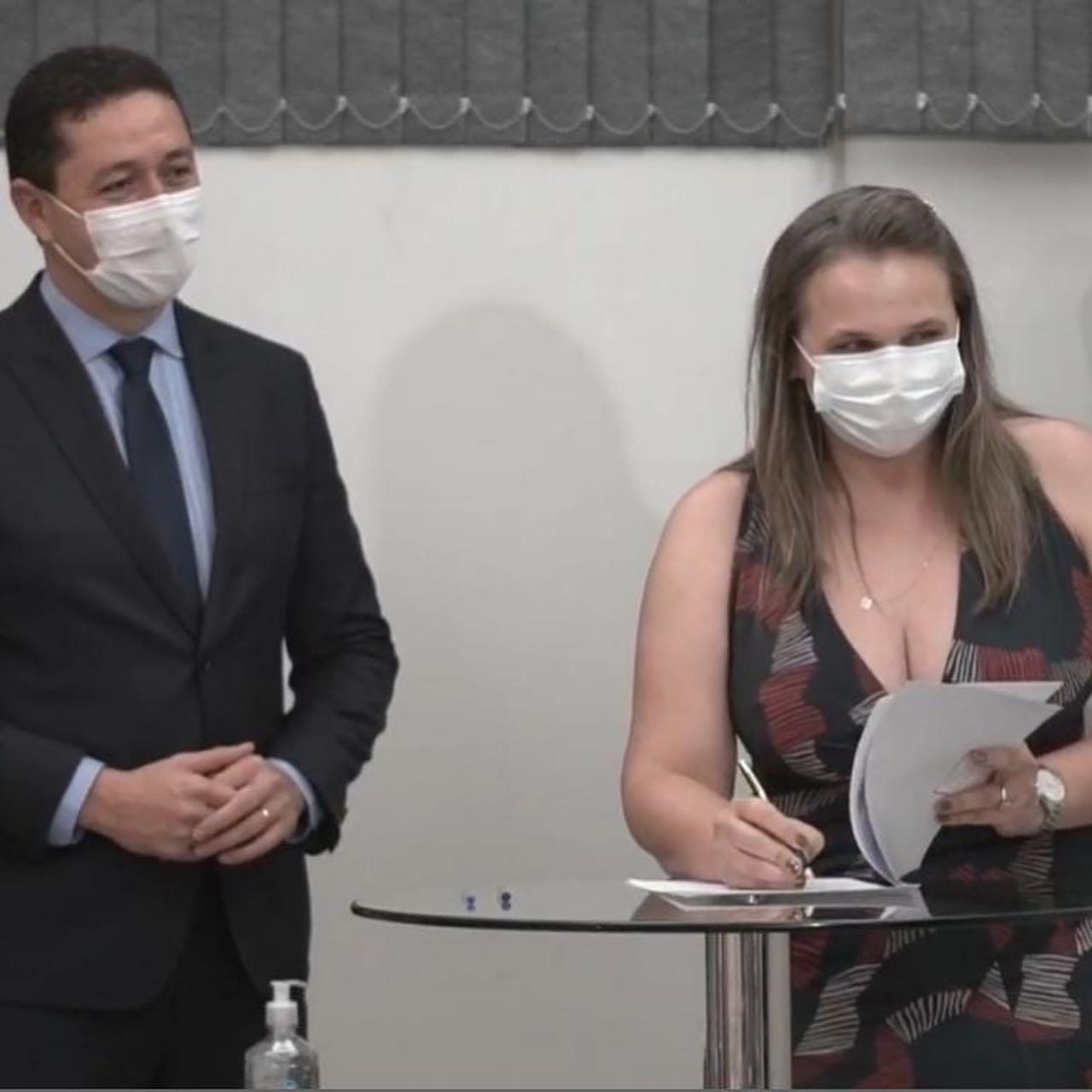 Francimones Albuquerque toma posse como Secretária de Saúde de Juazeiro do Norte