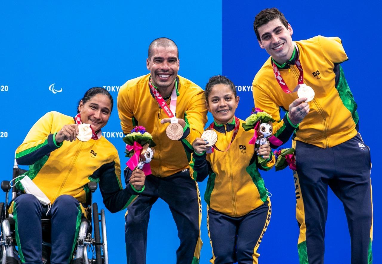 Time de Revezamento do Brasil conquista medalha de bronze