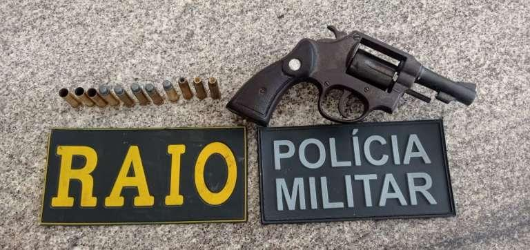 Arma de fogo utilizada no crime, um revólver calibre 38 foi apreendido pela Polícia