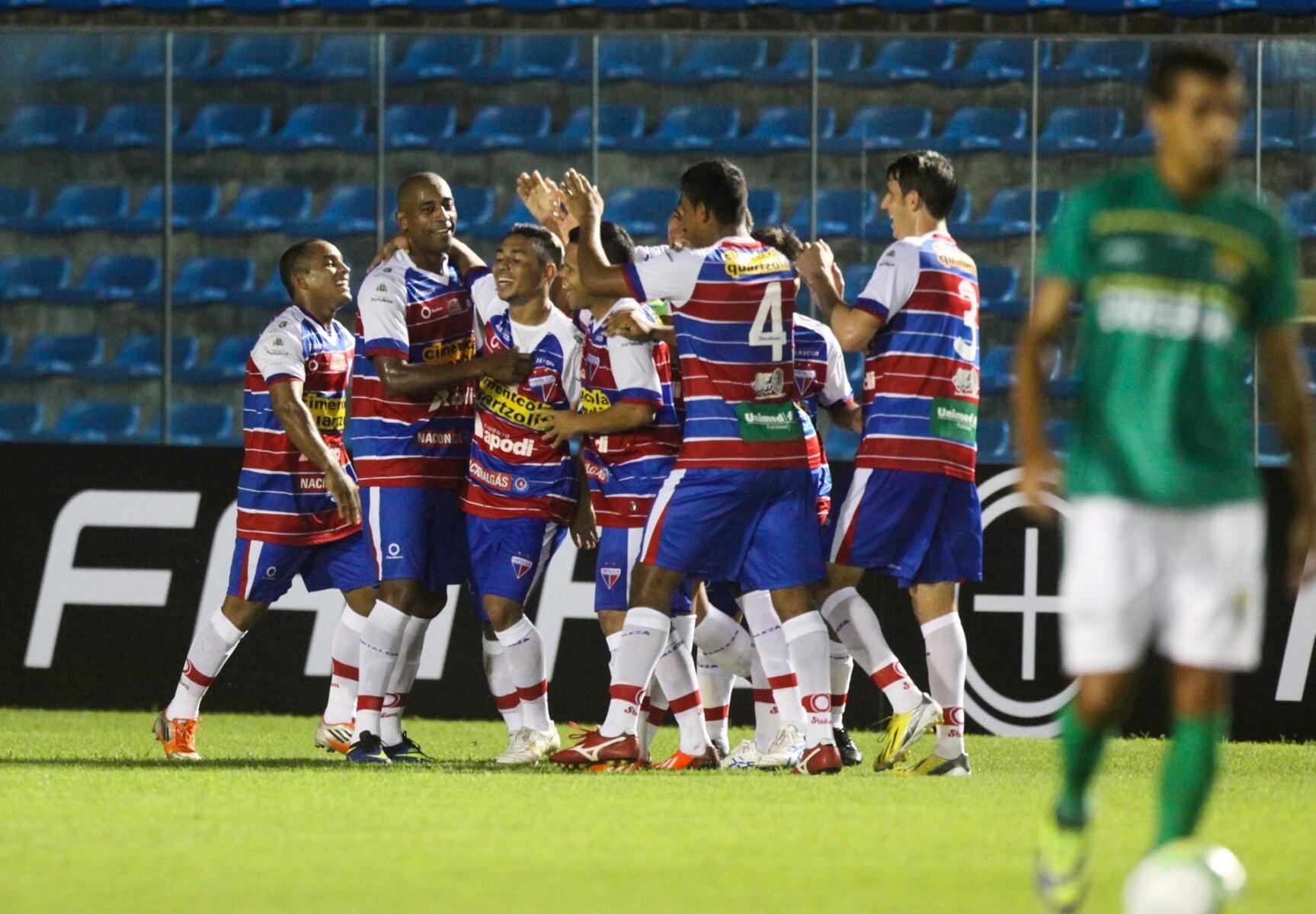 Tiago Cametá faz gol