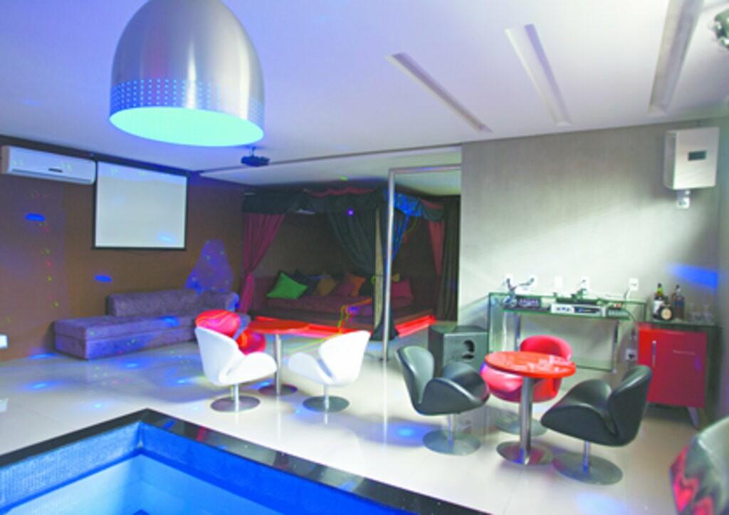 at 90 das su tes reservadas jogada di rio do nordeste. Black Bedroom Furniture Sets. Home Design Ideas
