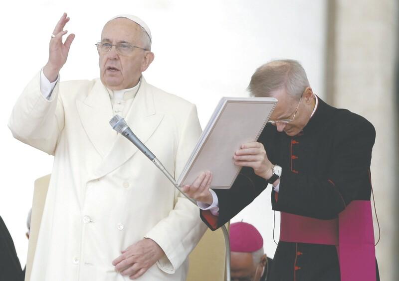 Pontífice dispensou religioso paraguaio acusado de proteger um padre suspeito de pedofilia, considerando a demissão uma decisão