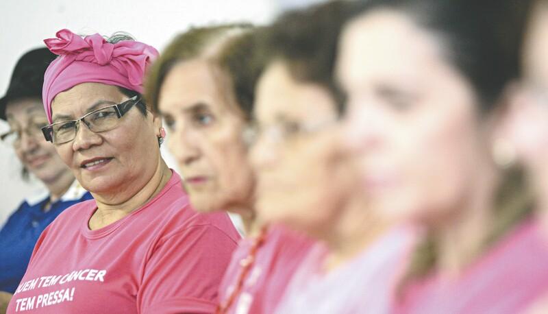 O medo da mamografia e do próprio câncer de mama é um dos obstáculos para o diagnóstico precoce da doença. A campanha Outubro Rosa, que começa amanhã, tem o objetivo de incentivar as mulheres a fazer o exame