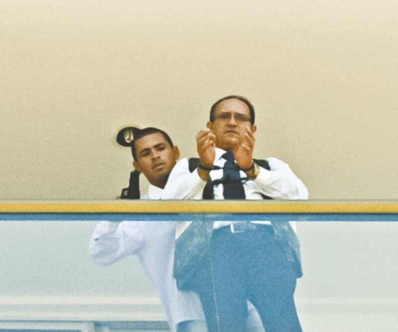 Jac Souza dos Santos manteve por mais de sete horas um refém dentro de um quarto de hotel em Brasília. Ele se entregou ontem, por volta das 16h