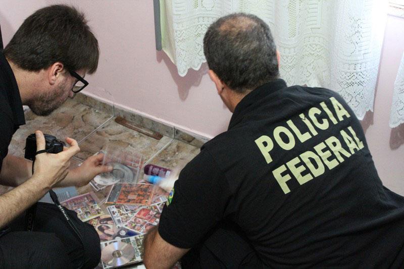 Resultado de imagem para PF realiza operação contra pedofilia