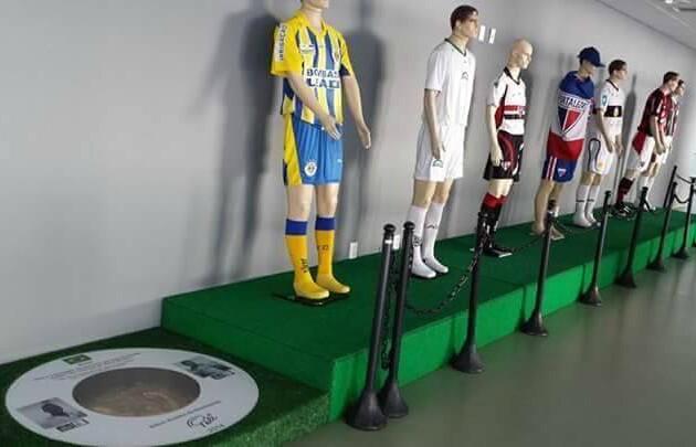 Calçada da Fama terá espaço para os clubes cearenses e homenagem a ex-jogadores