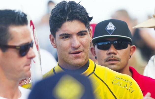 Medina conquistou o maior título do surfe na última sexta-feira (19)