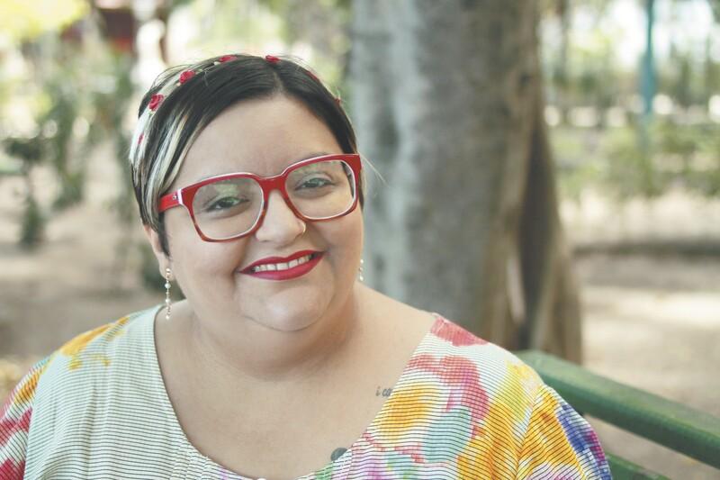 """A revisora de textos Milena Bandeira estreia no universo de publicações com o livro de poesias """"Mil borboletas no estômago"""" ( FOTO: DAVID AGUIAR/ARQUIVO ... - image"""