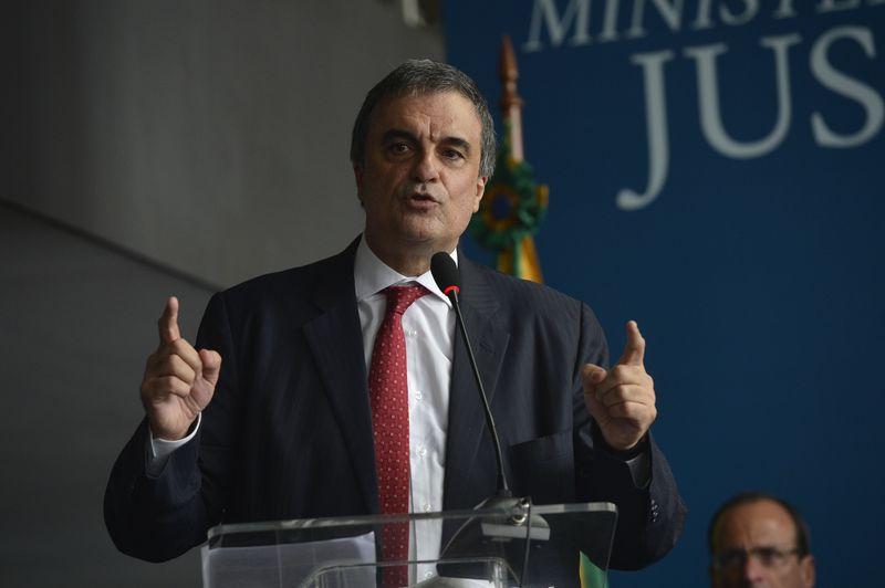"""O ministro sustentou ser """"dever do ministro da Justiça e de quaisquer servidores públicos receber advogados no regular exercício da profissão conforme determina o Estatuto da Advocacia"""""""