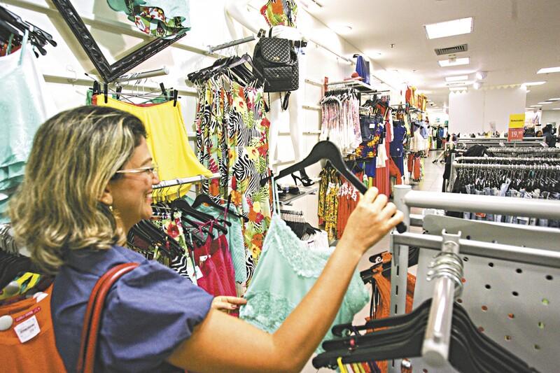 O vestuário foi um dos principais itens adquiridos a prazo, pelos fortalezenses, nos últimos meses, segundo a Fecomércio-CE