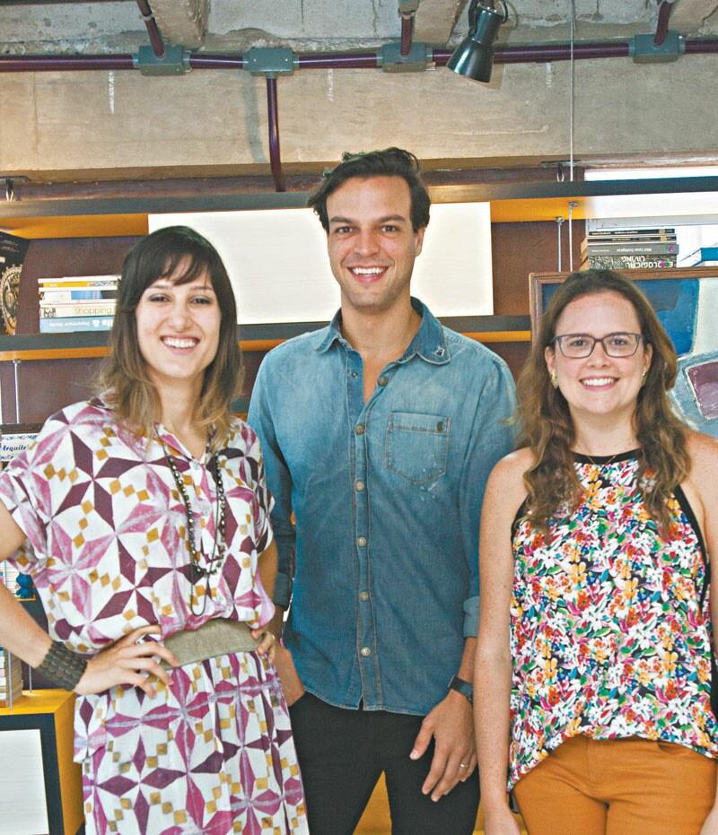 Os arquitetos Brenda Rolim, Valter Costa Lima e Amanda Câmara juntaram forças, o que tornou possível adotar o projeto do maior ambiente da creche: a biblioteca