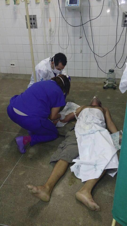 O Diário do Nordeste recebeu imagens de pacientes sendo atendidos no chão do Instituto Dr. José Frota  nesta segunda-feira (11). Foto: VCRepórter