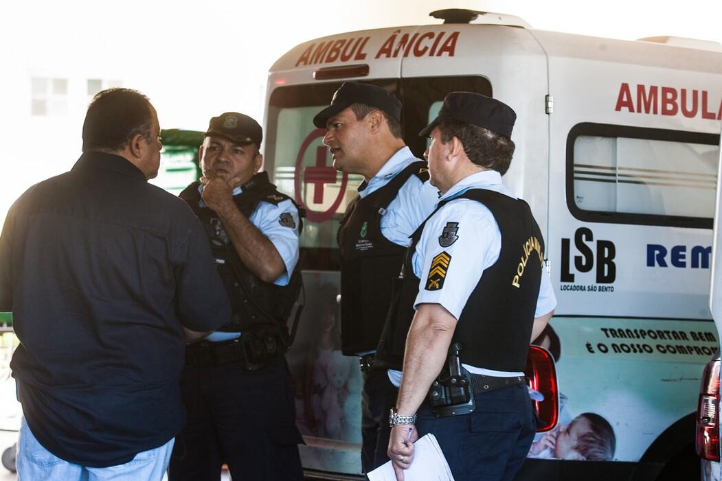 Policiais militares foram ao IJF prestar solidariedade ao colega de farda morto no confronto com bandidos