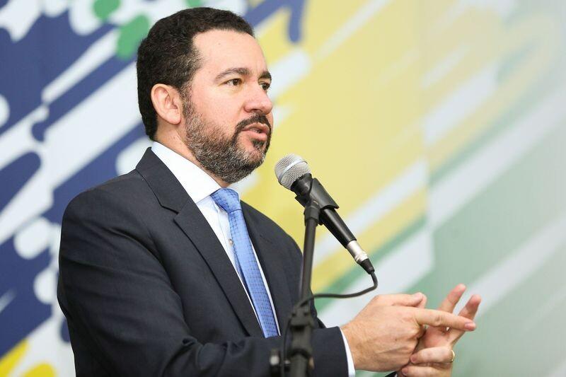 Resultado de imagem para Governos do Brasil e da China lançam fundo para obras de infraestrutura