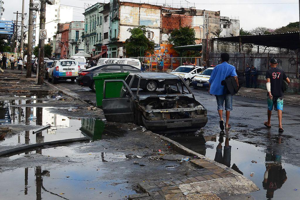 Moradores da Cracolândia retornam às ruas de SP após 24h