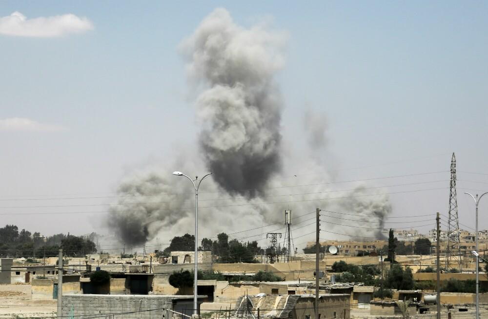 Irã diz que mísseis do país atingiram alvos do EI na Síria