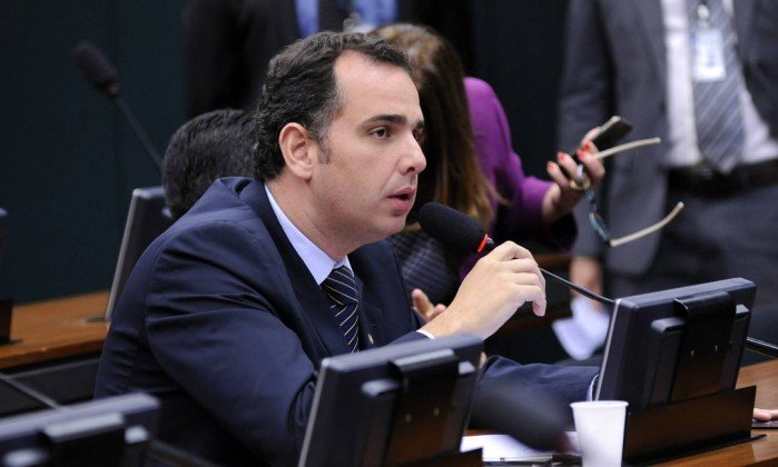 Governo quer trocar comando de Furnas para atender presidente da CCJ