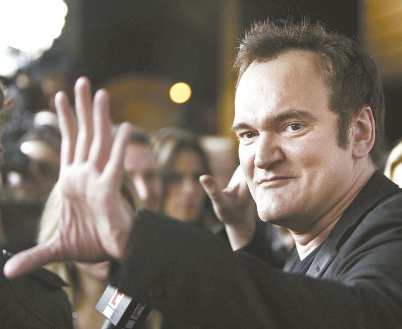 Aos 54 anos, Quentin Tarantino fica noivo pela primeira vez