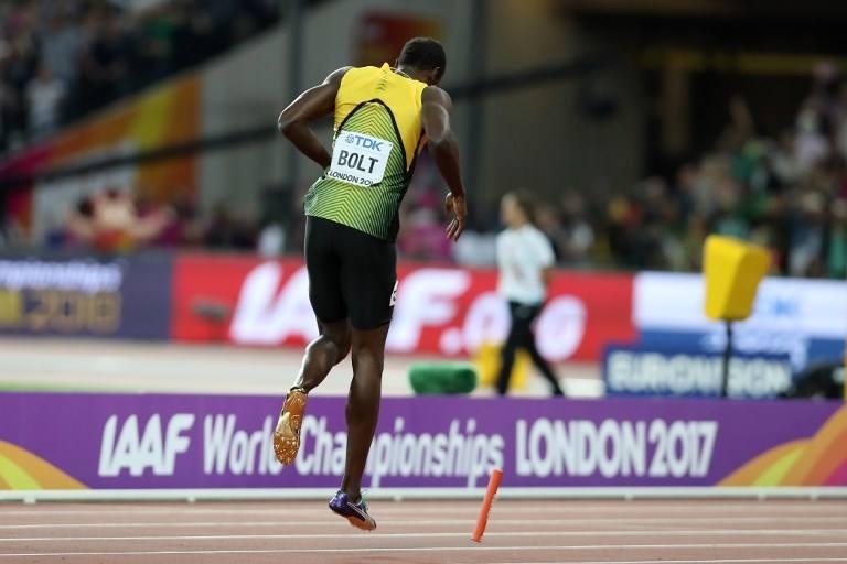 Bolt lesiona-se nos últimos 100 metros — Mundiais Atletismo