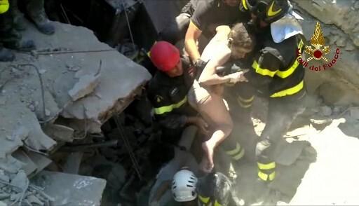 Sismo no sul de Itália faz pelo menos dois mortos