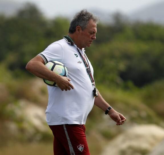 Keno afirma que elenco do Palmeiras lamenta troca de treinador